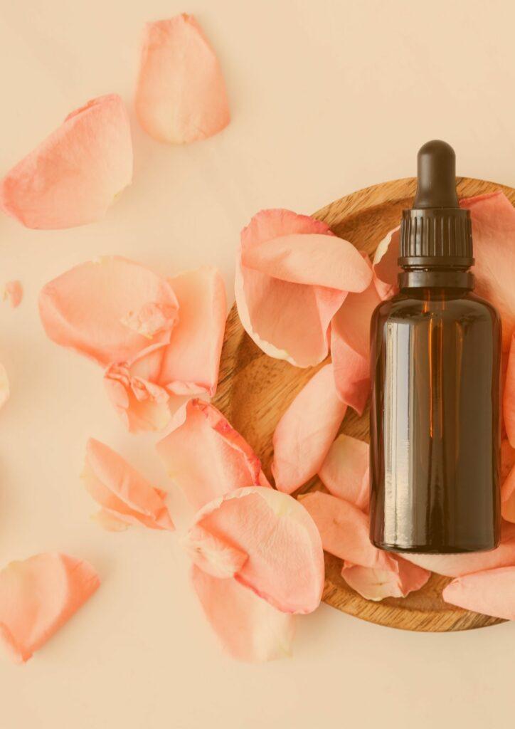 Ätherische Öle, Essential Oils, Pflanzenmedizin, Naturheilkunde, Holi Plant Medicine